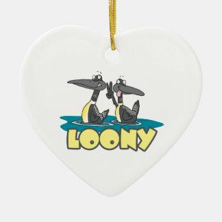 dibujo animado chiflado del pájaro de los bribones adorno de cerámica en forma de corazón