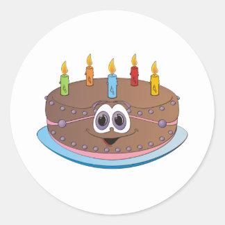 Dibujo animado colorido de las velas de la torta pegatina redonda