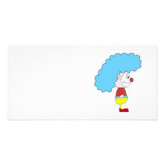 Dibujo animado colorido del payaso. Pelo azul Tarjeta Fotografica Personalizada