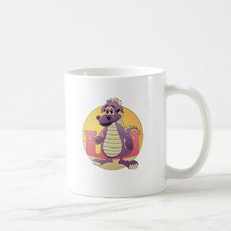 Dibujo animado de la púrpura del dragón taza