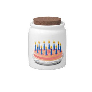 Dibujo animado de la torta de cumpleaños jarra para caramelo
