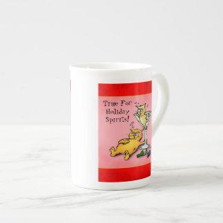 Dibujo animado de las bebidas espirituosas del día taza de porcelana