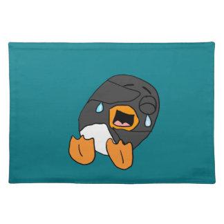 Dibujo animado de risa del pingüino mantel individual