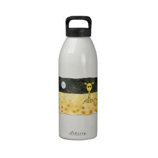 Dibujo animado de una jirafa perdida botellas de agua reutilizables