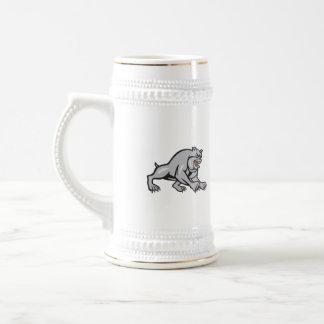 Dibujo animado de vagabundeo mestizo del perro del jarra de cerveza