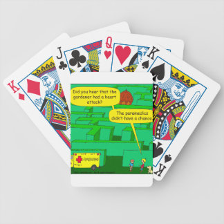 Dibujo animado del ataque del corazón al laberinto cartas de juego
