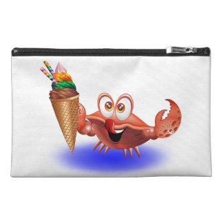 Dibujo animado del cangrejo con el bolso del acces