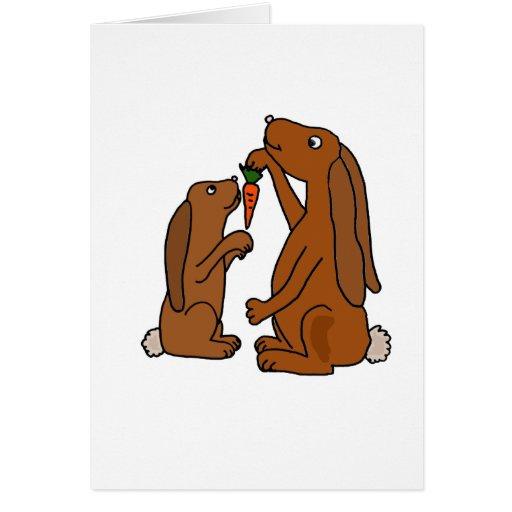 Dibujo animado del conejo de Brown de la madre y d Tarjeta De Felicitación