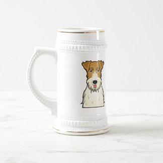 Dibujo animado del fox terrier del alambre jarra de cerveza