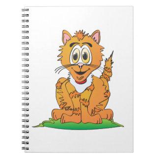 Dibujo animado del gato de tigre libro de apuntes con espiral