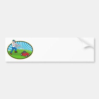 Dibujo animado del jardinero del hombre del cortac etiqueta de parachoque