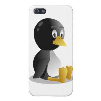 Dibujo animado del pingüino iPhone 5 carcasas
