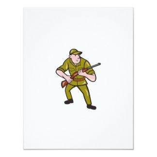 Dibujo animado del rifle del cazador que lleva invitación 10,8 x 13,9 cm