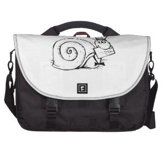 Dibujo animado del snail mail bolsas para portatil