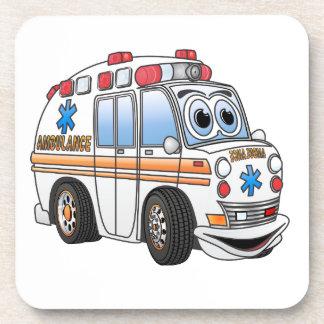 Dibujo animado divertido de la ambulancia posavasos de bebidas