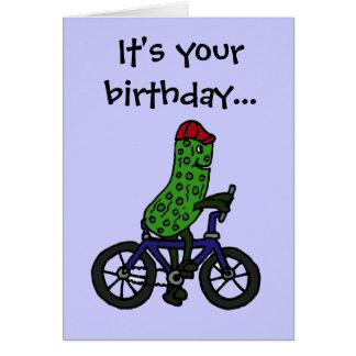 Dibujo animado divertido de la bicicleta del monta felicitacion