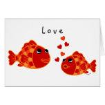 Dibujo animado divertido del amor del Goldfish Tarjetón