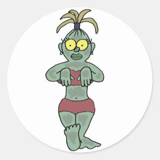 Dibujo animado divertido del bebé del zombi etiquetas redondas