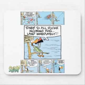 Dibujo animado divertido del controlador aéreo alfombrilla de raton