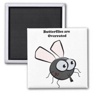 Dibujo animado divertido del insecto del mosquito