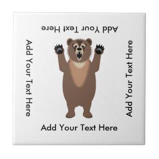Dibujo animado divertido del oso grizzly azulejo cuadrado pequeño