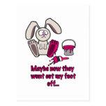 Dibujo animado divertido del pie de conejos postal