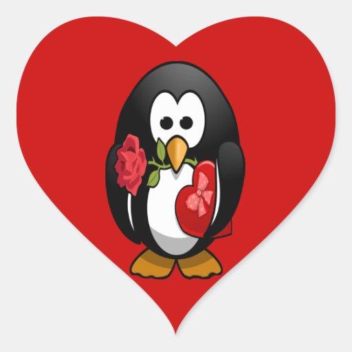 Dibujo animado divertido del pingüino lindo del el pegatina en forma de corazón
