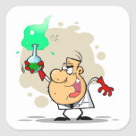 dibujo animado enojado loco del científico pegatinas cuadradas