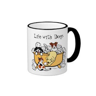 Dibujo animado feliz de Labrador del amarillo del Taza De Dos Colores