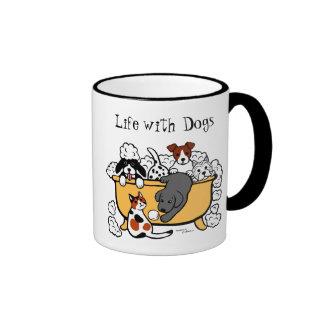 Dibujo animado feliz de Labrador del negro del Taza De Dos Colores