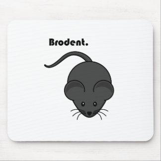 Dibujo animado gris de Bro de la rata o del ratón Alfombrillas De Raton