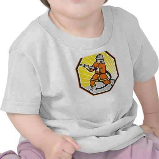 Dibujo animado japonés del bombero del bombero camisetas