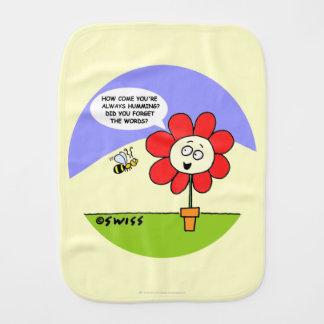 Dibujo animado lindo colorido de la flor y de la paños para bebé