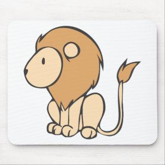 Dibujo animado lindo de encargo del león del bebé  tapetes de raton