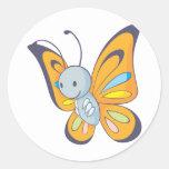 Dibujo animado lindo de la mariposa del bebé pegatina redonda