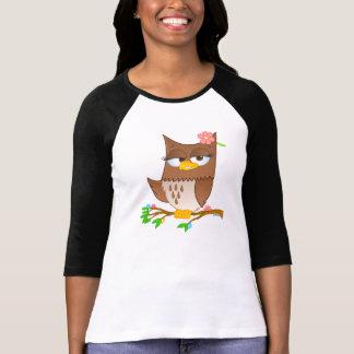 Dibujo animado lindo de Olivia VonHoot en el raglá Camisetas