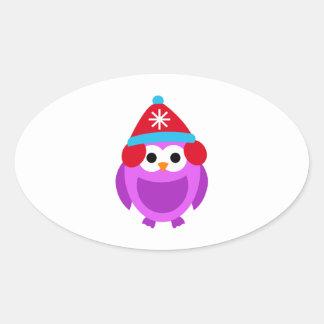 Dibujo animado lindo de Red Hat del invierno Pegatina Ovalada