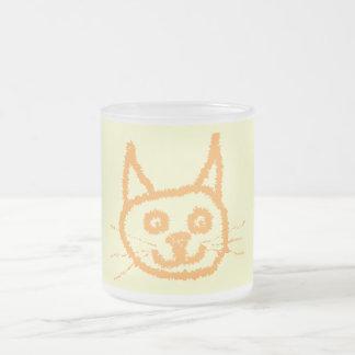 Dibujo animado lindo del gato del jengibre, en la  taza de café