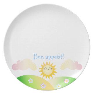 Dibujo animado lindo del kawaii del sol plato de cena