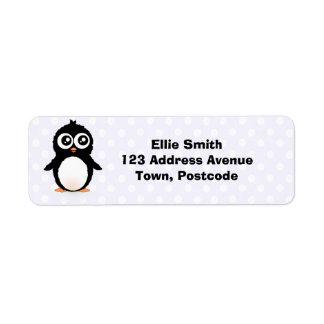Dibujo animado lindo del pingüino etiqueta de remite