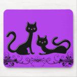 Dibujo animado negro VI de los gatitos Tapetes De Raton