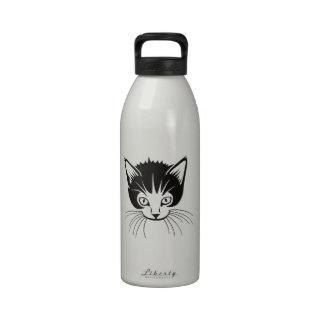 Dibujo animado principal del gato botella de beber