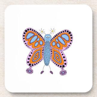 Dibujo animado púrpura anaranjado de la mariposa posavasos