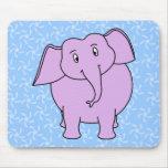 Dibujo animado púrpura del elefante. Fondo floral  Tapete De Ratones