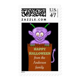 Dibujo animado púrpura lindo del Goblin de Timbres Postales