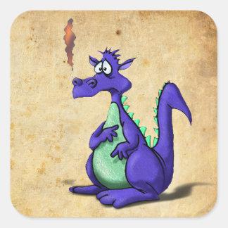 Dibujo animado púrpura preocupante del dragón pegatina cuadrada
