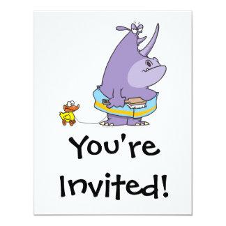 """dibujo animado rechoncho del rinoceronte del invitación 4.25"""" x 5.5"""""""