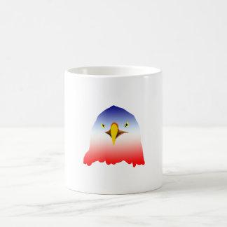 dibujo animado rojo blanco azul del águila taza básica blanca