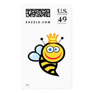 dibujo animado sonriente lindo tonto de la abeja franqueo