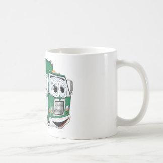 Dibujo animado sonriente verde del camión de basur tazas de café